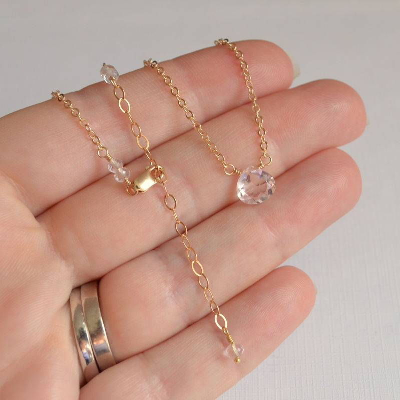 Simple Morganite Quartz Choker in Gold - product images  of