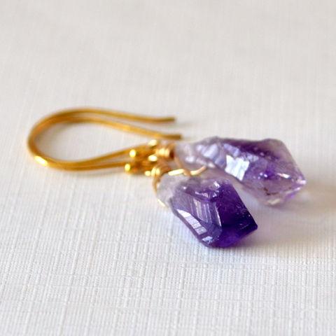 Drop,Earrings,with,Raw,Amethyst,in,Gold,raw amethyst earrings, raw amethyst jewelry, rough amethyst, gemstone earrings, gold earrings, purple earrings