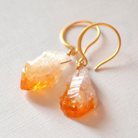 Drop,Earrings,with,Raw,Citrine,in,Gold,raw citrine earrings, raw citrine jewelry, rough citrine, gemstone earrings, gold earrings