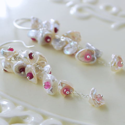 Keishi,Pearl,Waterfall,Earrings,with,Ruby