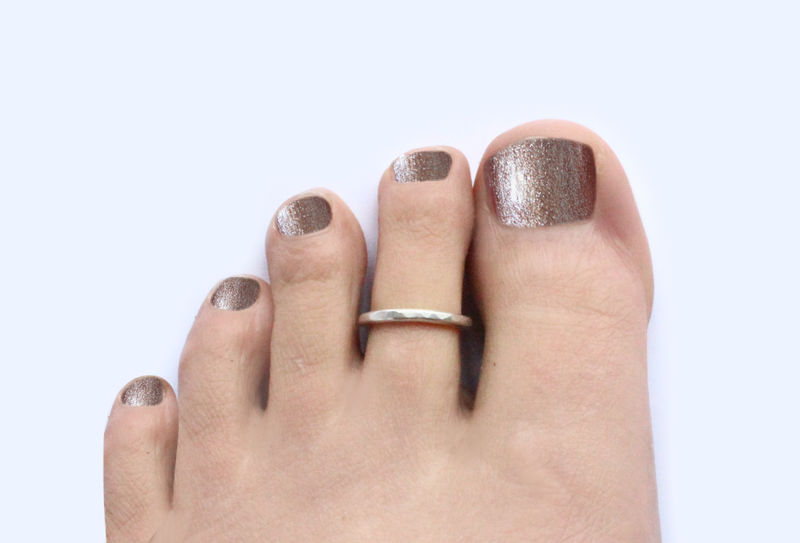 Hammered Silver Open Toe Ring - product image