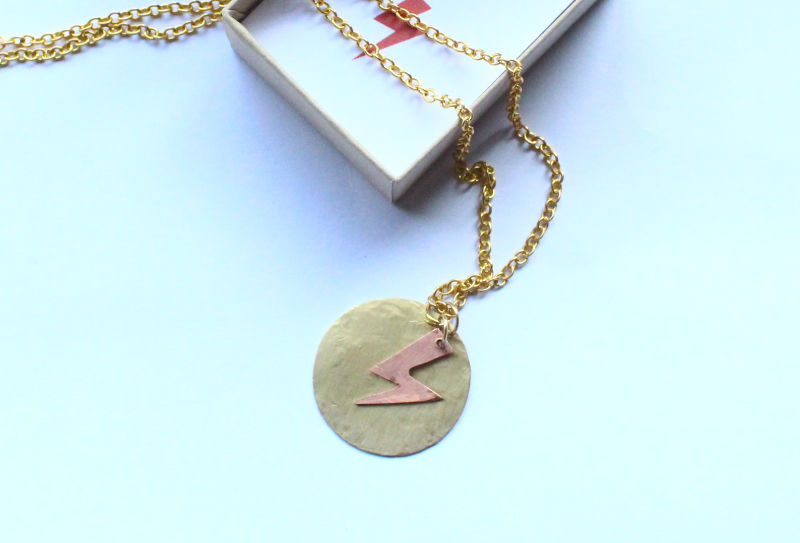 Ziggy Stardust Vibes David Bowie Necklace - product image