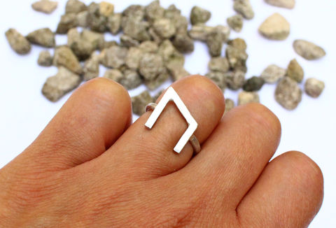 Viking,Runes,Strength,Ring,for him, for men, hammered, viking ring, uruz, strength, viking jewellery, statement, sterling silver, 925, solid, jewelry, jewellery, precious jewellery