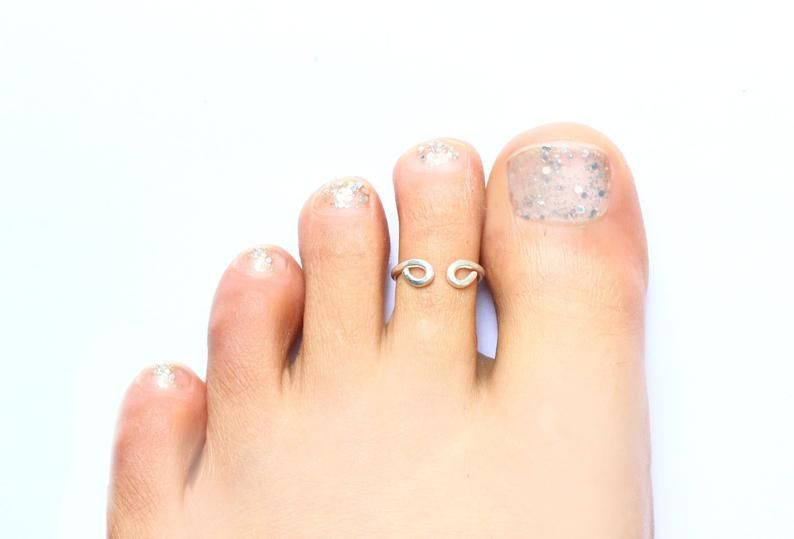Delicate Silver Toe Ring  - product image