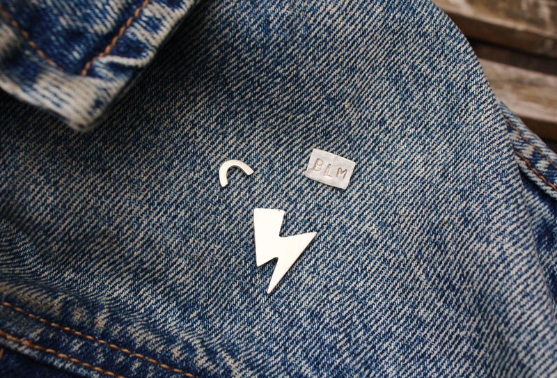 Ziggy Stardust Luxury Pin Badge - product image