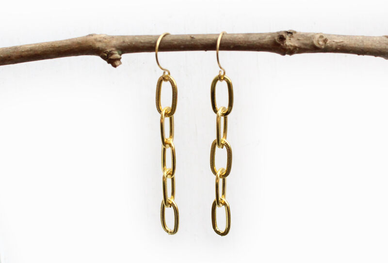 Chunky Gold Chain Drop Earrings - product image