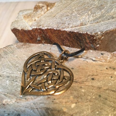 Celtic,Heart,Pendant,Medallion,Solid,Golden,Bronze,Historical,Accessories,Renaissance,SCA,Solid Bronze Jewelry, Celtic Pendant, heart pendant, heart jewelry, Eternal Love pendant, Bronze Charms, Historical Accessories, Renaissance Jewelry, SCA Accessories