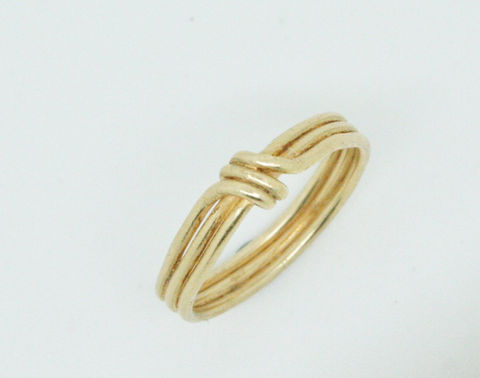 Delicate,18k,gold,ring,Jewelry,Ring,Gold,beatriz_fortes,aspiringmetalsteam,contemporary_jewelry,eco_friendly,18k_yellow_gold,gold_wedding_ring,gold_wedding_band,classic_gold_ring,simple_gold_ring,triple_gold_ring,delicate_gold_ring,unusual_wedding_ring,yellow_gold_ring,18k gold