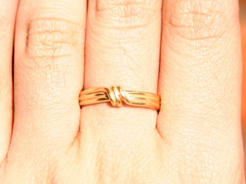 Delicate 18k gold ring - product images  of