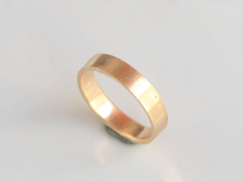 Wide,Square,Band,Jewelry,Ring,Gold,beatriz_fortes,matte_satin_finish,aspiringmetalsteam,wide_band_ring,simple_wedding_ring,mens_wedding_ring,contemporary_jewelry,mens_ring,mens_silver_ring,18k_yellow_gold,mens_gold_ring,gold_wedding_ring,eco_friendly