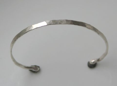 Thin,Forged,Bracelet,Jewelry,Cuff,sterling_silver,beatriz_fortes,silver_cuff_bracelet,silver_bracelet,aspiringmetalsteam,contemporary_jewelry,forged_silver_cuff,hammered_silver_cuff,textured_silver_cuff,delicate_silver_cuff,modern_silver_cuff,elegant_silver_cuff,ecof