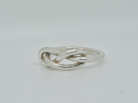 Knot,Ring,Jewelry,Metalwork,beatriz_fortes,contemporary_jewelry,sterling_silver,sterling_silver_ring,knot_ring,infinity_knot,infinity_ring,mens_ring,mens_silver_ring,stacking_ring,forget_me_knot,friendship_ring,bridesmaids_ring