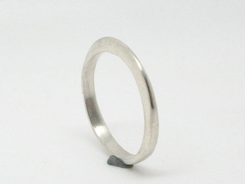 Taper,Ring,Jewelry,Metalwork,sterling_silver,beatriz_fortes,delicate_band,forged,silver_stacking_ring,contemporary_jewelry,ecofriendly,moebius_ring,wedding_ring,silver_wedding_band,delicate_silver_ring,minimalist_jewelry,sterling silver