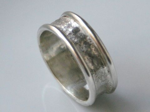 Reticulated Ring with Round Guards - product images  of