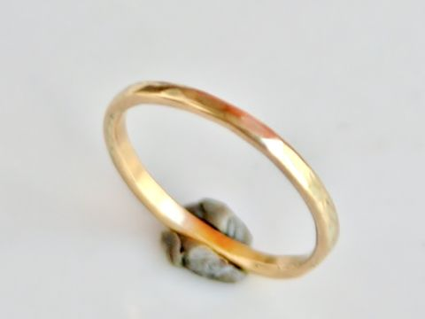 Thin,Band,Jewelry,Ring,Gold,beatriz_fortes,aspiringmetalsteam,contemporary_jewelry,eco_friendly,18k_yellow_gold,2mm_stacking_ring,gold_stacking_ring,gold_wedding_ring,mens_wedding_ring,gold_wedding_band,hammered_ring,hammered_gold,stackable_jewelry,18k gold