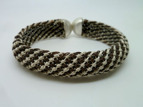 Striped,Braided,Cuff,Jewelry,Bracelet,beatriz_fortes,contemporary_jewelry,woven_silver_cuff,domed_silver_cuff,hand_woven_silver,woven_silver_jewelry,woven_bracelet,hand_made_jewelry,sterling_silver_cuff,flexible_silver_cuff,silver_bracelet,woven_jewelry,every_day_cuff,ar
