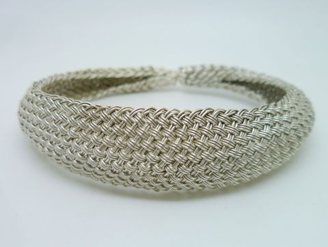 Tapered,Braided,Cuff,Jewelry,Bracelet,beatriz_fortes,contemporary_jewelry,woven_silver_cuff,domed_silver_cuff,hand_woven_silver,woven_silver_jewelry,woven_bracelet,hand_made_jewelry,sterling_silver_cuff,flexible_silver_cuff,silver_bracelet,woven_jewelry,every_day_cuff,ar