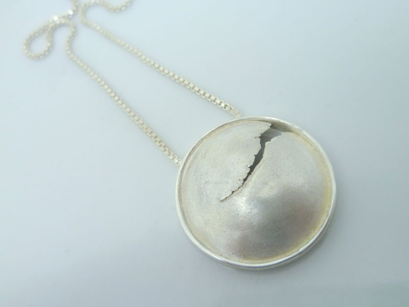 Round Crack Pendant - product images  of