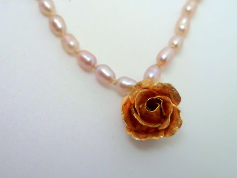 Miniature,Gold,Rose,on,Pearl,Necklace,rose pendant, 18k gold pendant, pearl necklace, delicate necklace, flower pendant, 18k flower, floral jewelry, bridal jewelry, wedding jewelry, bridal necklace, wedding necklace