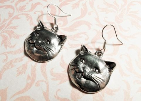 Happy,Cat,Earrings,,lolcats,happycat,cheezburger,cat,lady,fat,cat earrings, happy cat, happycat, dangle, kitsch, geek chic, geeky jewelry, cat face, cat head, lolcats, i can has cheesburger, i can has cheezburger, caption cats, cat lover, silver, grey, british blue, british shorthair, fat cat, happicat, l