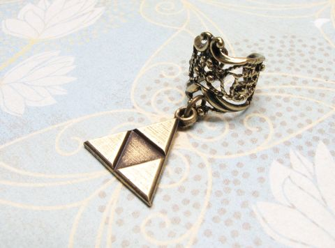 Bronze,Triangle,Ear,Cuff,,inspired,by,Legend,of,Zelda,Triforce,triforce, ear cuff, triangle, bronze, filigree, legend of zelda, zelda, geek, gamer, geek chic, earring
