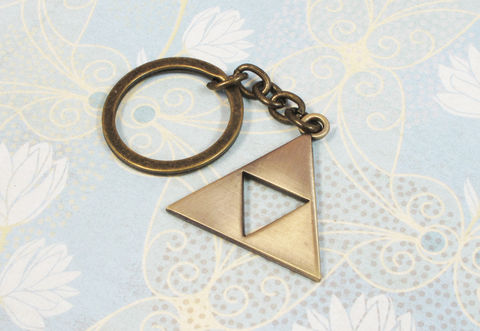 Bronze,Triangle,Key,Chain,,keychain,keyring,inspired,by,zelda,triforce, keychain, key chain, keyring, key fob, triangle, bronze, legend of zelda, gamer, geek, nerdy