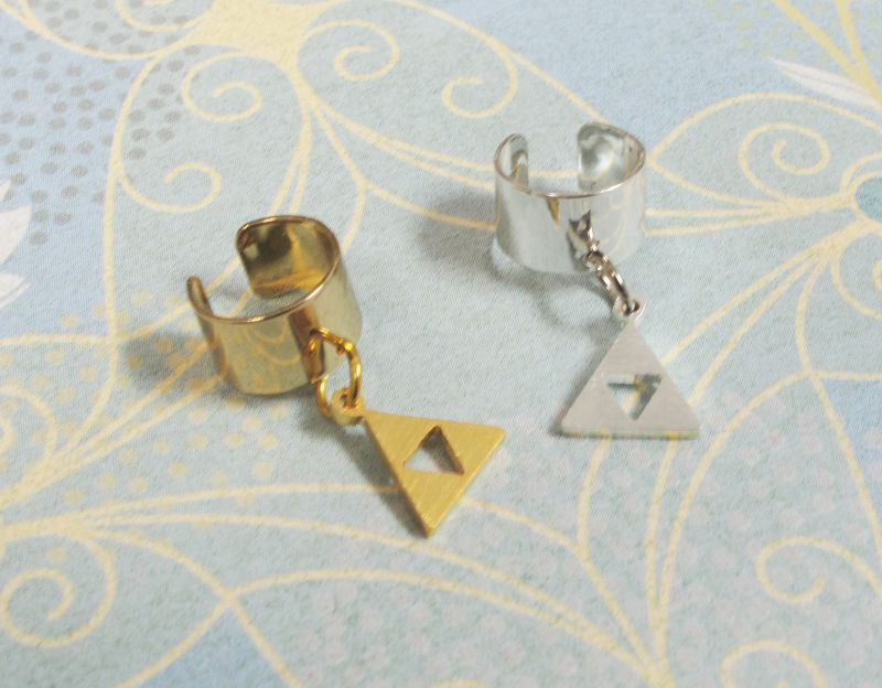 Triangle Ear Cuff, gold silver earcuff clip on inspired by zelda triforce - product images  of
