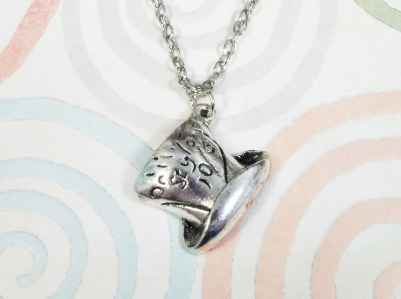 Top Hat Necklace, inspired by the mad hatter of Alice in Wonderland - product images
