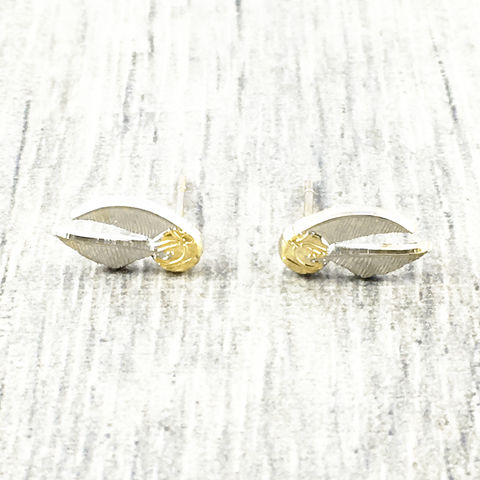 Harry,Potter,Golden,Snitch,Stud,Earrings,harry potter, golden snitch, earrings, studs, flying ball, gold ball with wings, silver plated, quidditch