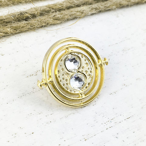 Harry,Potter,Timeturner,Lapel,Pin,harry potter, timeturner, time turner, pin, lapel pin, metal, golden, enamel pin, hermione granger, potterhead, bookish, geek
