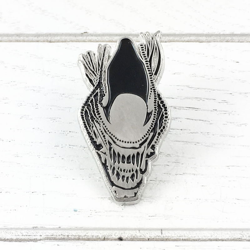 Alien Xenomorph Warrior Head Pin - product images  of