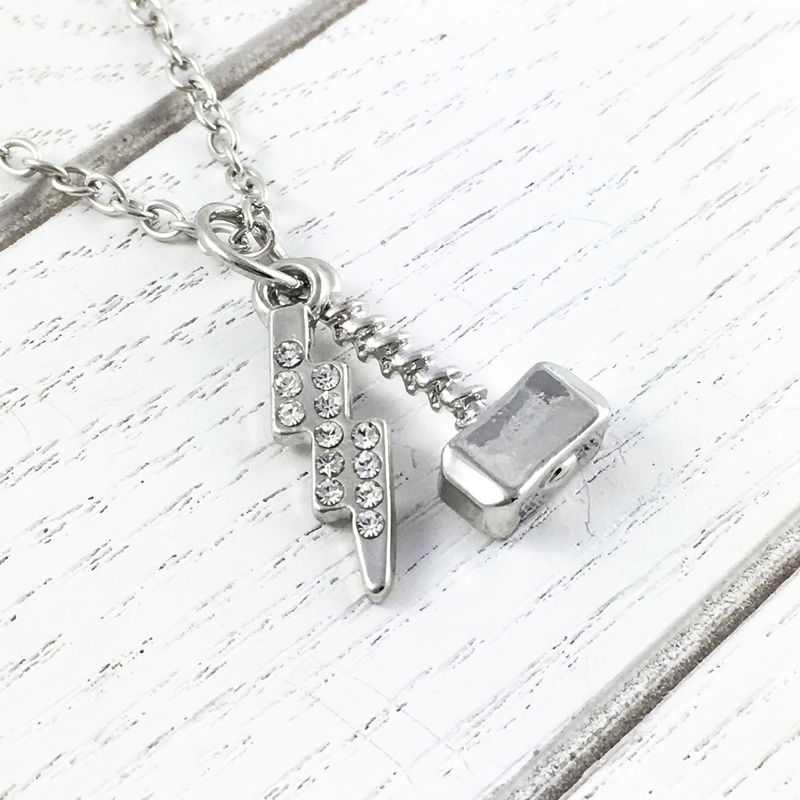 Thor | Mjolnir and lightning bolt necklace - product images  of