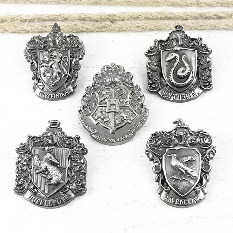 Harry,Potter,Pewter,House,Pins,harry potter, pin, lapel pin, pewter, hat pin, tie pin, pendant, hogwarts, gryffindor, slytherin, hufflepuff, ravenclaw, poudlard, gryffondor, serpentard, pouffsouffle, serdaigle, épinglette