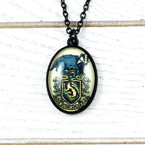 Harry,Potter,Hufflepuff,Cameo-Style,Necklace,Harry potter, necklace, house, hufflepuff, pendant, cameo, fancy, black, chain, geek chic, pouffsouffle