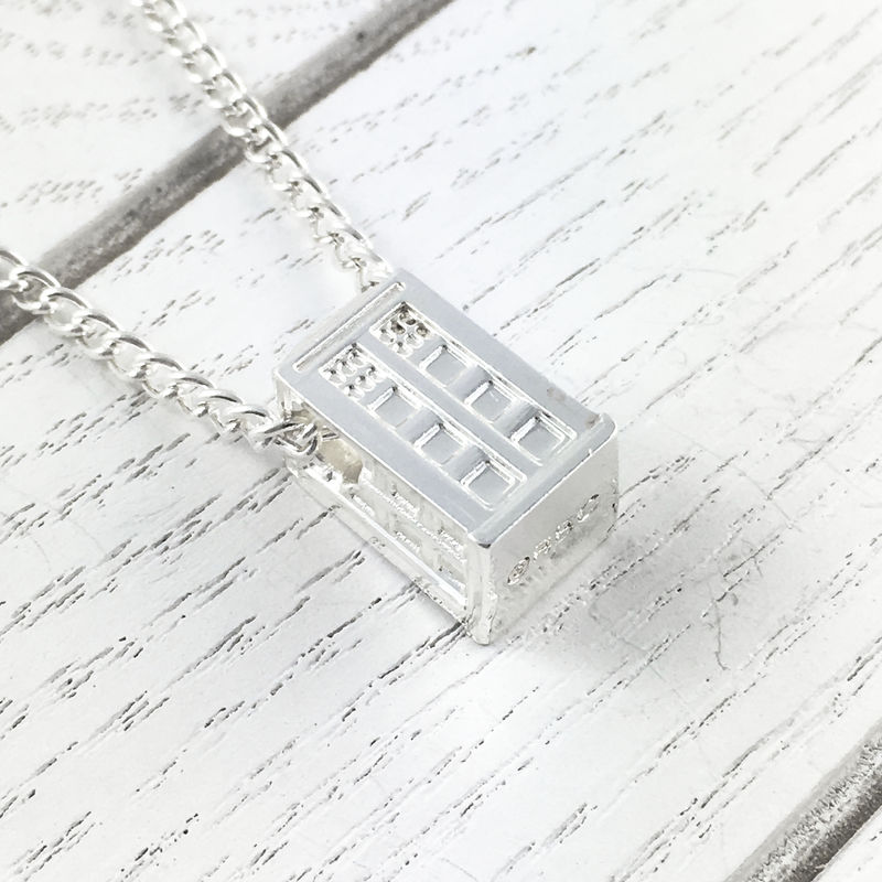 Doctor Who TARDIS 3D Necklace - product images  of