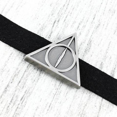 Deathly,Hallows,Slider,Choker,Necklace,harry potter, choker, necklace, deathly hallows, pewter, silver, geeky, potter head, jewelry, leather, suede