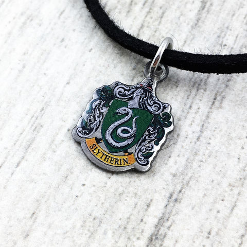 Harry,Potter,Slytherin,Crest,Choker,harry potter, Slytherin, crest, house, choker, necklace, pendant, charm, silver, enamel, colour, green, potterhead, delicate, dainty, subtle