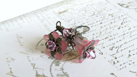 Blush,Pink,Lucite,Flower,Earrings,,Vintage,Style,Earrings,with,Swarovski,Crystals,Jewelry,pink_flowers,lucite_flower,earrings,bohochic_earrings,woodland_earrings,fairytale_earrings,fairy_earrings,romantic_earrings,lucite_jewelry,handmade_earrings,canadian_made,123team,artisan_earrings