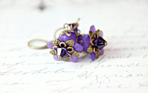 Purple,Flower,Earrings,,Lucite,Vintage,Style,Earrings,Jewelry,urban_chic_jewelry,chic_style,cottage_chic_jewelry,romantic_jewelry,purple_jewelry,purple_earrings,purple_flowers,flower_earrings,lucite_flowers,handmade_earrings,chic_earrings,brass_earrings,brass_jewelry