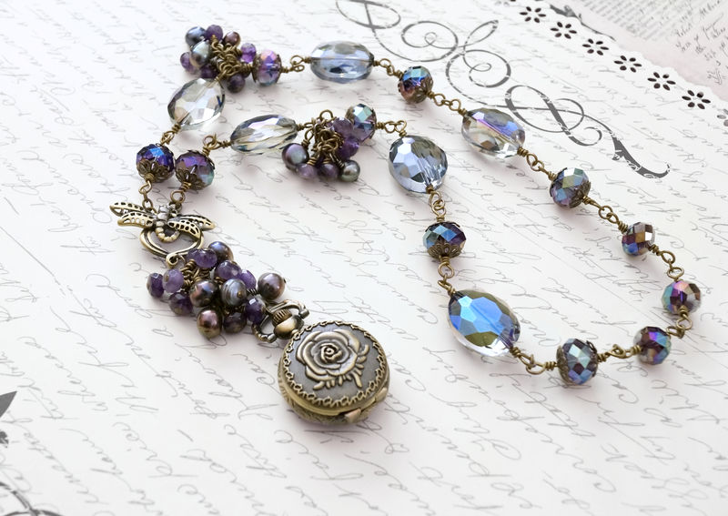 Owl in Pearls - Feminine Steampunk Necklace - OOAK - product image