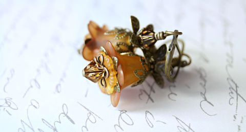 Orange,Lucite,Flower,Earrings,,Vintage,Style,jewelry, earrings, dangle, lucite flower earrings, acrylic lucite, romantic earrings, love earrings, chic earrings, crystal earrings, cottage chic, autumn colors, fall colors, orange earrings, flower earrings, brass earrings, small earrings