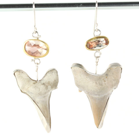 Oregon,Sunstone,Earrings,With,Fossilized,Shark,Teeth,oregon sunstone jewelry, handmade oregon sunstone jewelry, sunstone+fossil+jewelry, sunstone shark teeth earrings, handmade Oregon sunstone sharktooth earrings, handmade fossil earrings, handcrafted fossil jewelry, handmade sunstone fossil earrings, uniqu