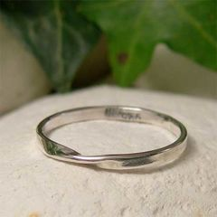 Polished,Sterling,Silver,Mobius,Stacking,Ring,hand crafted silver jewellery, Stackable Rings, hand made sterling silver ring, polished silver, mobius ring, simple silver ring, twist ring, stacking ring, thin ring band,  mobius strip ring, hand forged metal, modern jewelry, minimalist jewelry, silver
