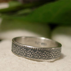 Dainty,Daisy,Ring,Band,in,Sterling,Silver,Jewellery, Rings, Bands, dainty silver daisy, silver daisy ring, sterling silver ring, silver ring band, floral ring, embossed silver, silver flower ring, flower pattern ring, boho ring, hippy jewelry, nature jewelry, organic, rustic ring, stacking ring