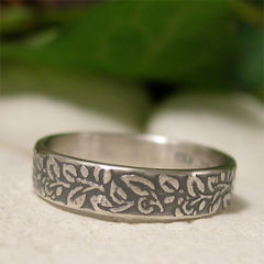 Sterling,Silver,Vine,Leaf,Pattern,Ring,Band,Jewellery, Rings, Bands, silver leaf ring, sterling silver ring, silver ring band, woodland ring, silver vine leaf leaf pattern ring, textured ring, 4mm ring band, antique style, vintage style ring, rustic nature half band ring, artisan jewelry