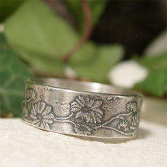 Organic,Daisy,Chain,Sterling,Silver,Ring,Band,Jewellery, Rings, Bands, organic daisy ring, daisy chain ring, sterling silver ring, rustic ring, woodland flower, floral jewelry, oxidized silver, summer ring, wedding band, hand forged metalwork jewelry, rustic nature ring, countryside boho