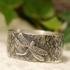 Hammered,Sterling,Silver,Dragonfly,Ring,hand made Jewellery, Rings, Bands, hand crafted sterling silver ring band, hand forged silver, silver dragonfly, dragonfly ring, hammered ring, insect ring, organic jewelry, nature jewelry, bug ring, artisan jewelry, garden pond nature ring