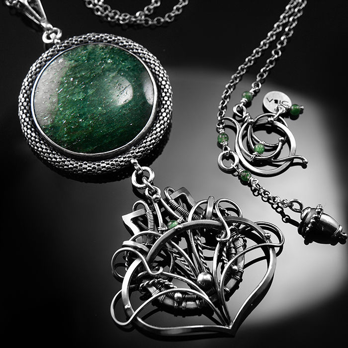 ORLAITH | ELEGANT STERLING SILVER & GREEN AVENTURINE WIRE-WRAPPED NECKLACE