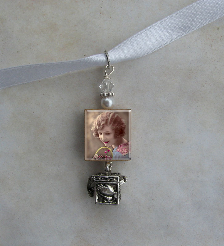 Bouquet Photo Image Charm Keepsake with Pray Box - product images