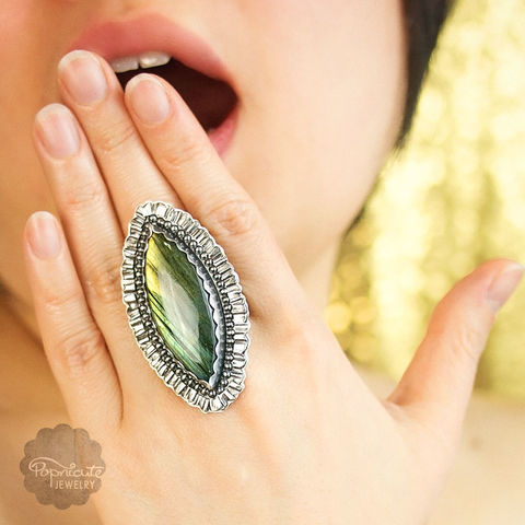 RAFFLESIA,-,Size,9.5,labradorite silver ring, sterling silver ring, cocktail ring, big, large, marquise ring
